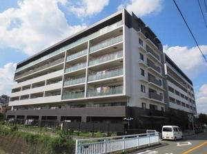 インプレスト横濱鶴ヶ峰ウエスト棟