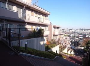 コスモ綱島台3号館