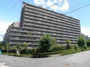 横浜星の丘ビューシティC棟アリエスルーフ
