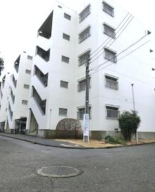 生田住宅2号棟